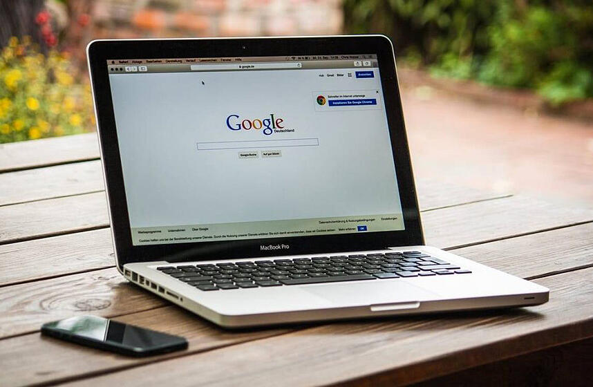 6 reasons why Google loves bloggers